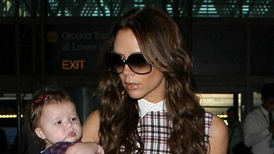 Victoria Beckham s dcerou.