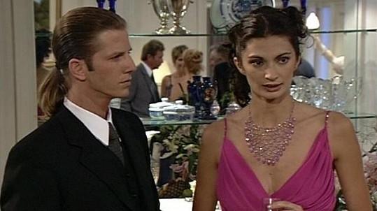 Mariana Arias a Facundo Arana v telenovele Divoký anděl