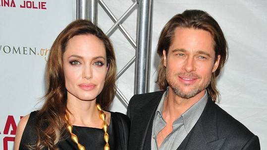 Angelina a Brad si luxus mohou dovolit.