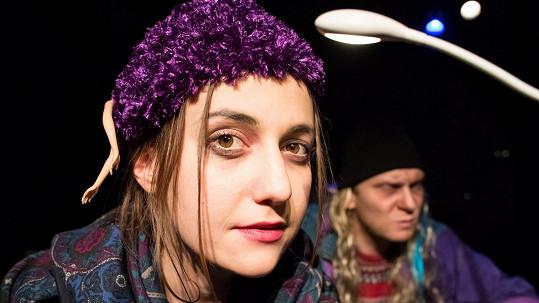 Tereza Dočkalová se představí v hlavní roli hry Dva ubohý Rumuni, co mluvěj polsky.
