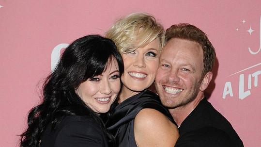 Staří přátelé ze seriálu Beverly Hills 902 10 jako kdyby vůbec nestárli.