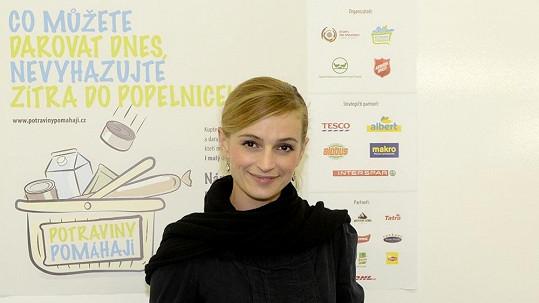 Ivana Jirešová rozdá v sobotu svůj nákup.