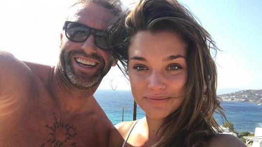 Petr Nedvěd a jeho přítelkyně Nicole mají dceru.
