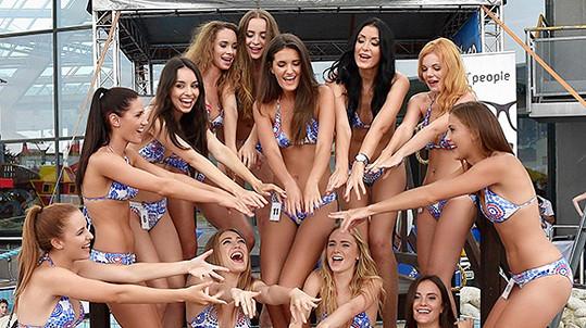 Semifinalistky Miss léta. Více fotek ve fotogalerii