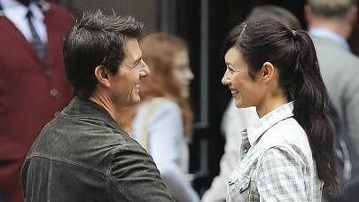 Tom Cruise a Olga Kurylenko ztvárňují zamilovanou dvojici.