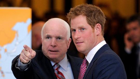 I John McCain se divil, kolik nápadnic se vyrojilo.