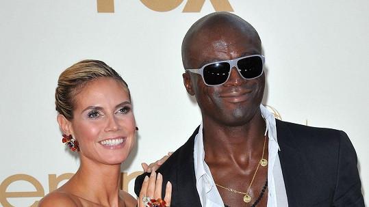 Seal a Heidi Klum jsou oficiálně zase svobodní.