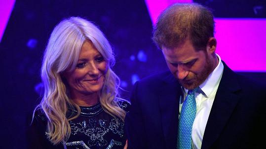 Princ Harry a moderátorka Gaby Roslin