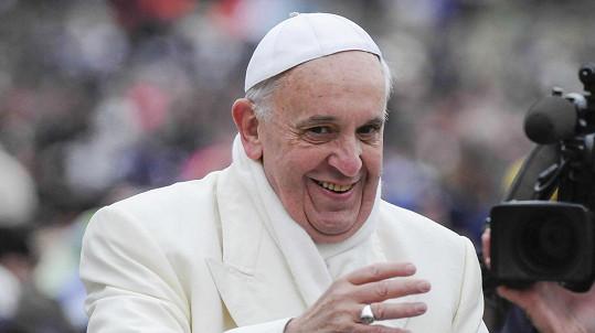 Lajk z papežova oficiálního profilu se objevil pod fotkou brazilské modelky. Vatikán žádá vysvětlení.
