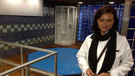 Jana nakoukla do sprch fotbalistů Realu Madrid.