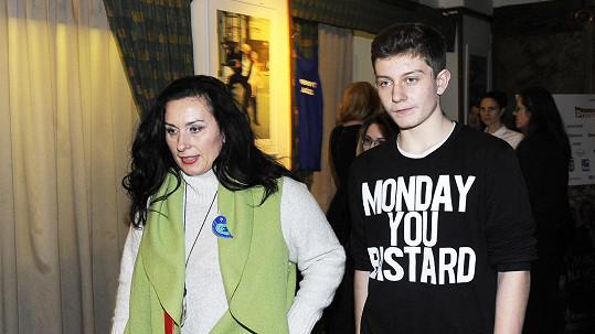 Syn Bolka Polívky a Marcely Černé Jan bude určitě krasavec.