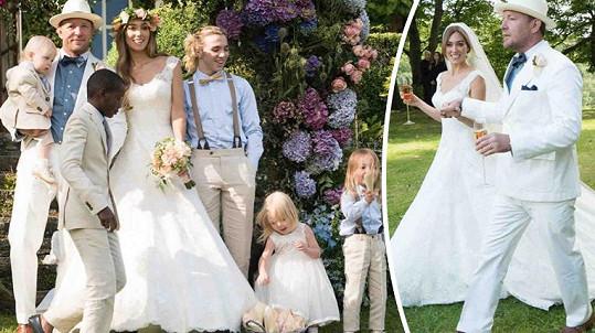 Guy Ritchie se kvůli svatbě vyparádil.