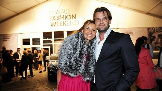 Tamara Kotvalová s přítelem Romanem Hajabáčem.