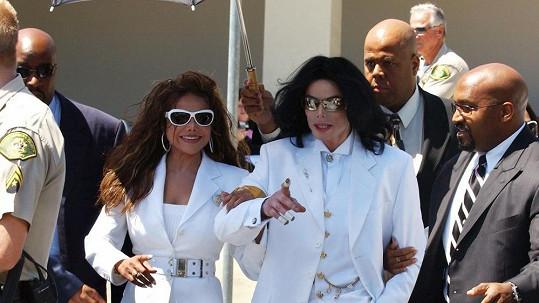 Michael Jackson a La Toya na archivním snímku.