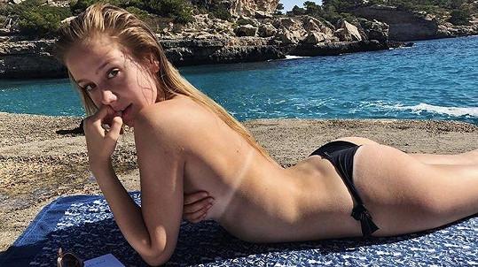Anna Kadeřávková umí provokovat.