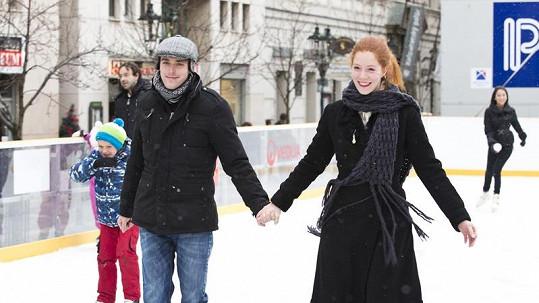 Karel Heřmánek mladší a Nikol Kouklová byli díky jejím krásným vlasům nepřehlédnutelní.