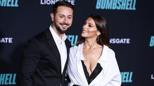 Ashley Greene s manželem Paulem Khourym