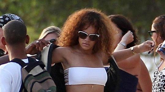 Rihanna je krásná žena, její intimní nahrávku by si jistě nenechalu ujít spousta mužů.