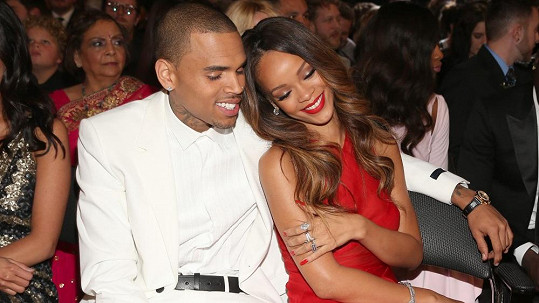 Chris Brown a Rihanna.