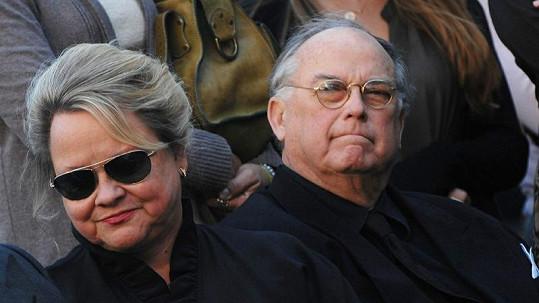 John a Betty Witherspoonovi spolu byli přes 40 let. Teď stojí u soudu kvůli Johnově dalšímu manželství.