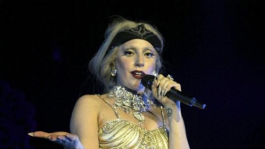 Lady Gaga chce během dvou let zvládnout turné se 450 koncerty.