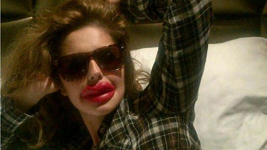 Cheryl Cole si vystřelila z obyvatel Kalifornie.