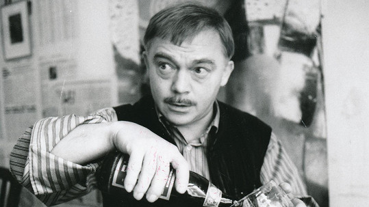 Karel Kryl by oslavil 75. narozeniny.