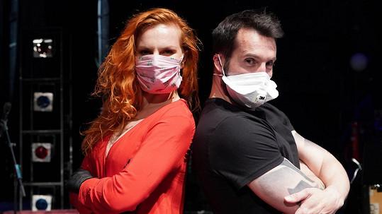 Václav Noid Bárta a Iva Pazderková měli při živém přenosu neskutečný počet diváků.
