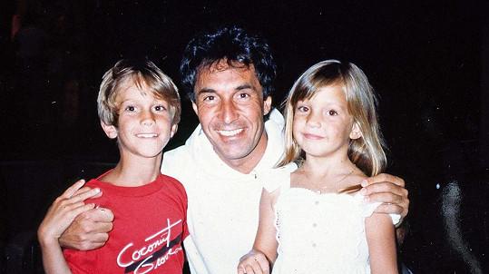 Bill Hudson zavrhl své dvě děti - Olivera a Kate Hudson. Archivní snímek