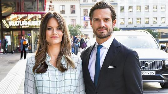 Karel Filip Švédský a jeho žena Sofia se stali trojnásobnými rodiči.