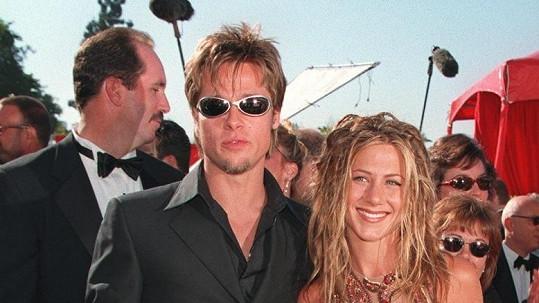 Bývalí manželé Brad Pitt a Jennifer Aniston vyhráli anketu o nejlepší těla po čtyřicítce.