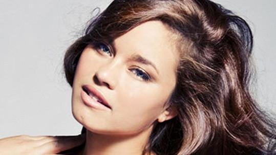 Starší sestra Krise Humphriese Kaela se stala modelkou.