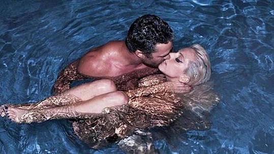 Lady Gaga s přítelem Taylorem Kinneyem.
