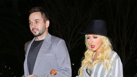 Christina Aguilera se snoubencem Matthewem Rutlerem.