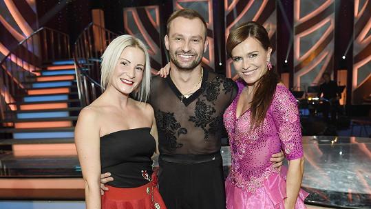 Markovi s Olgou Šípkovou fandila Dědíkova blonďatá přítelkyně Tereza.