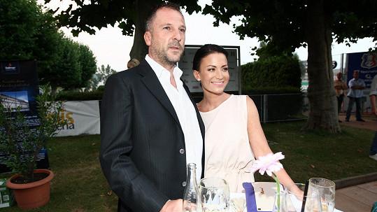 S manželem prožívá Gabriela Farnbauer Partyšová další kouzelné léto.