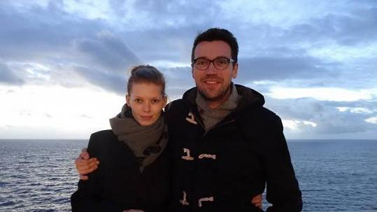 Lukáš Hejlík s přítelkyní Veronikou Fašínovou si projeli Středozemí na lodi.