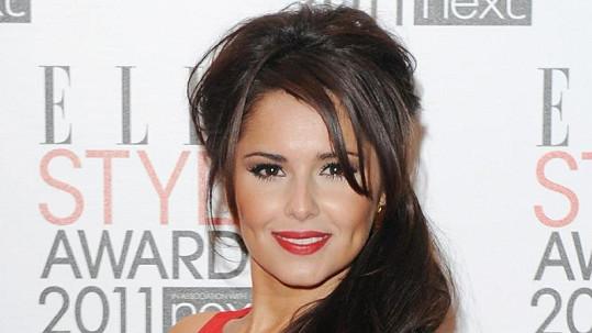 Američané britskou zpěvačku v porotě neuvidí, prý by jim mohl vadit její akcent.