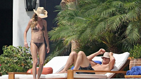 Gisele Bündchen a Tom Brady momentálně relaxují v mexickém letovisku Los Cabos.
