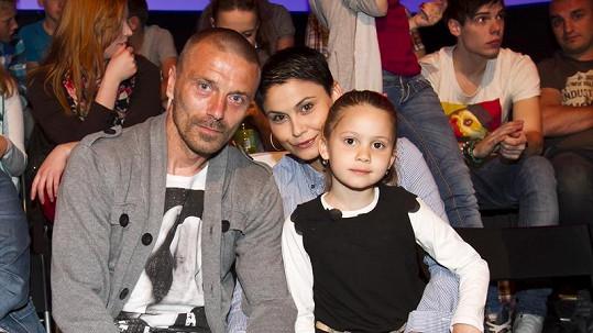 Tomáš Řepka s novou rodinou.