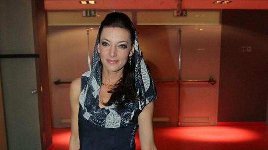 Nejkrásnější róbu měla Dasha. Šaty pocházejí z dílny návrháře Josefa Klíra.