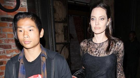 Angelina Jolie (41) se synem Paxem (13)