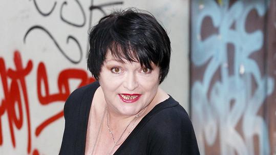 Valerie Zawadská je zase kočka.