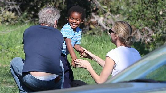 Charlize Theron se snoubencem Seanem Pennem a synem Jacksonem