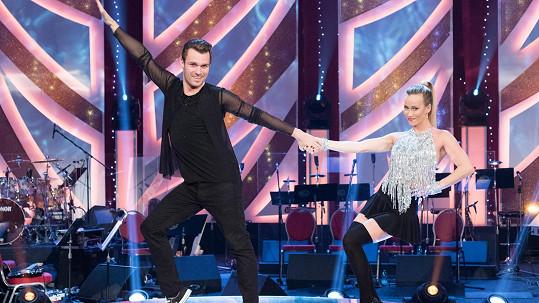 Leoš Mareš letos strašně příjemně všechny překvapil svým tanečním umem.
