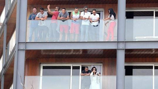 Na kterém z balkónů v Rio de Janeiru to asi víc žilo?