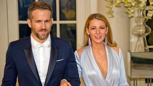 Ryan Reynolds a Blake Lively v Bílém domě