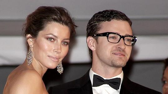 Justin Timberlake a Jessica Biel budou mít miminko.
