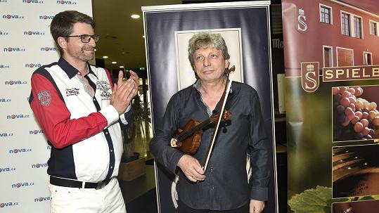 Michal Jančařík má větší břicho...