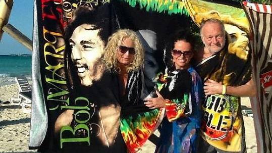 Slunce, koupání, Bob Marley a jamajský rum. Tak vypadala lednová dovolená snů.
